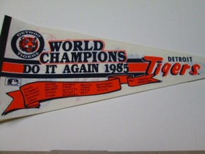 """1985 TIGERS """"DO IT AGAIN"""""""